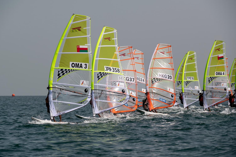 عُمان للإبحار تحصل على ملف استضافة البطولة الآسيوية لقوارب التزلج بالألواح الشراعية 2021