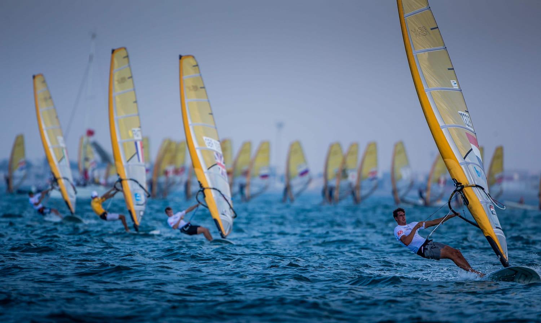 """""""عُمان للإبحار"""" تعلن عن الفوز بملف استضافة النسخة 50 من بطولة العالم للشباب للإبحار الشراعي 2021"""